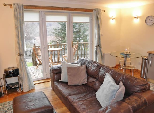 Living Room at The Fort William Retreat