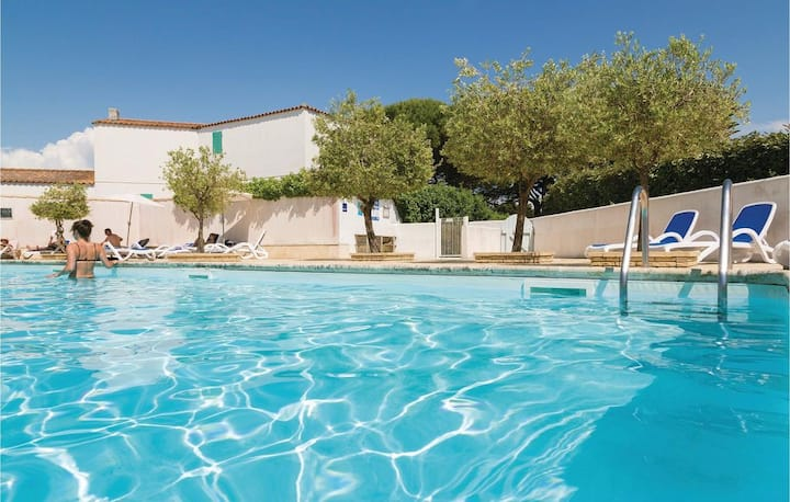 Maison avec piscine dans Résidence sécurisée