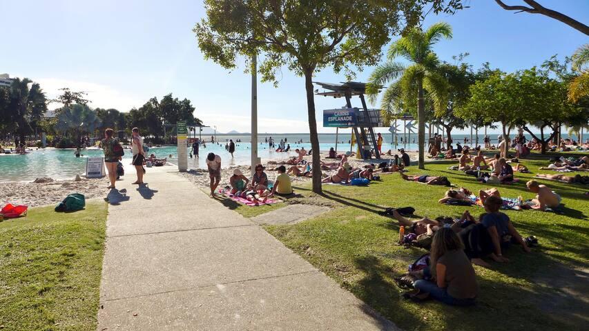 Cairns Esplanade - free BBQs, swimming lagoon, Sunday Markets, beach volleyball, basketball courts.