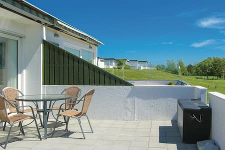 Terraced house with 2 bedrooms on 49m² in Tranekær