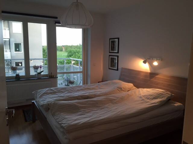 Big flat near Stockholm city , ideal for families! - Stockholm - Leilighet