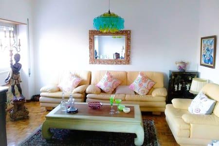 Art Gallery Apartment - Castelo Branco