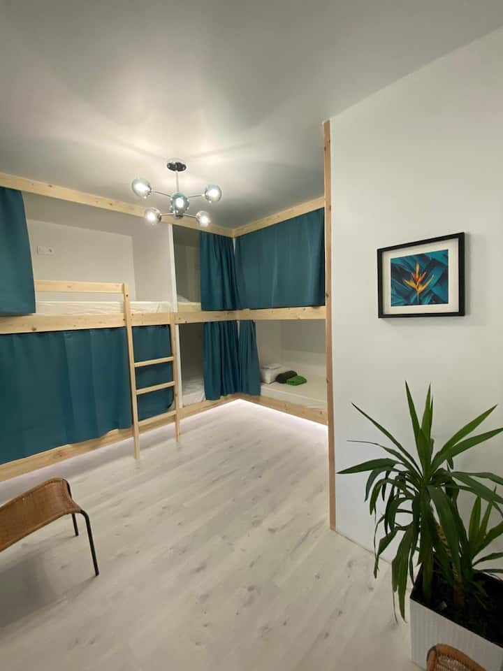 Новый уютный хостел в центре Дивноморского