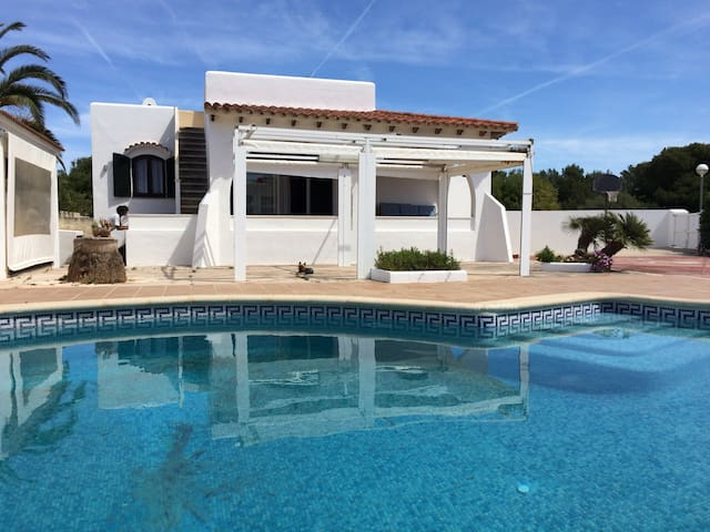 Villa with pool - 300m to beach, basketball court - Ciutadella de Menorca - Dom