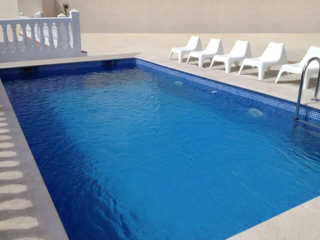 Estudio en Málaga con wifi, piscina y A/C
