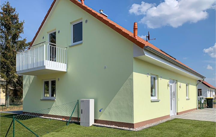 Holiday apartment with 2 bedrooms on 80m² in Warin