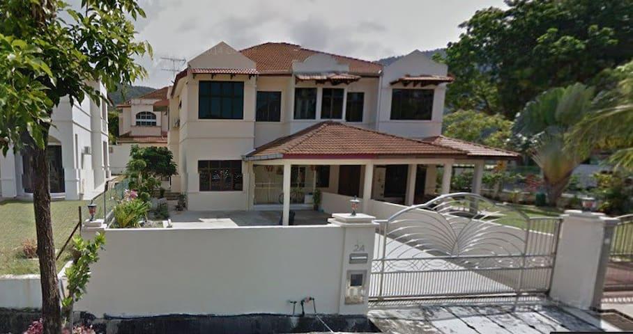 AGP Vacation House - Batu Feringghi - Rumah