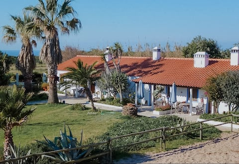 Cottage in a Horse farm 200m from the beach