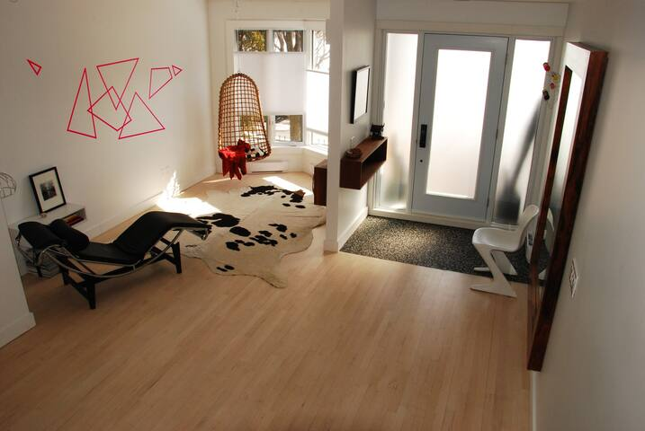 Large townhouse with views, private roof top patio - Montréal - House