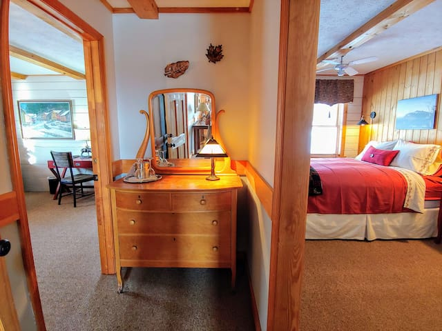 The Catskill Suite - Greenwoods Bed & Breakfast Inn