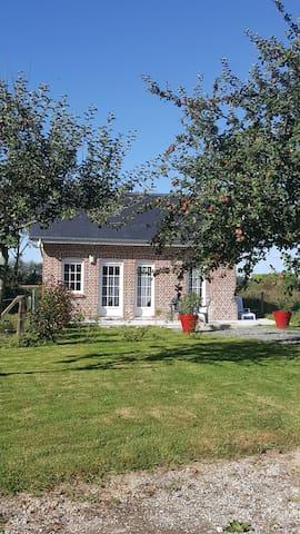 Petite maison à la campagne Beuzeville La Grenier