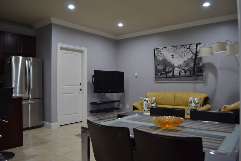 Living room-dining area