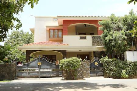 Spice Homestay Villa Deluxe Room - Coimbatore - Ház