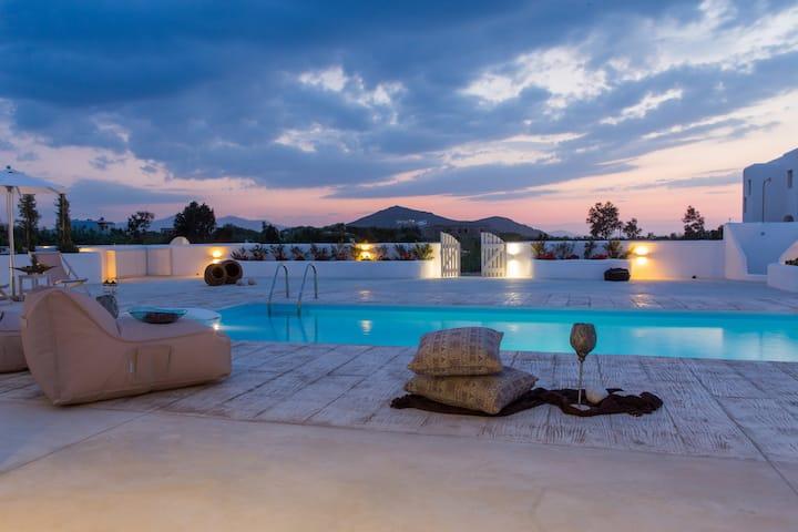 Naxian Lounge Estate | 2 Private Villas in Naxos