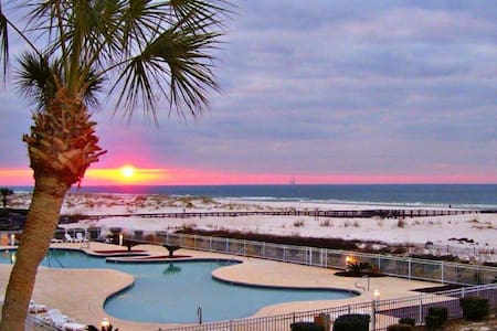 Family Friendly Beach Resort - Gulf Shores - Condominium
