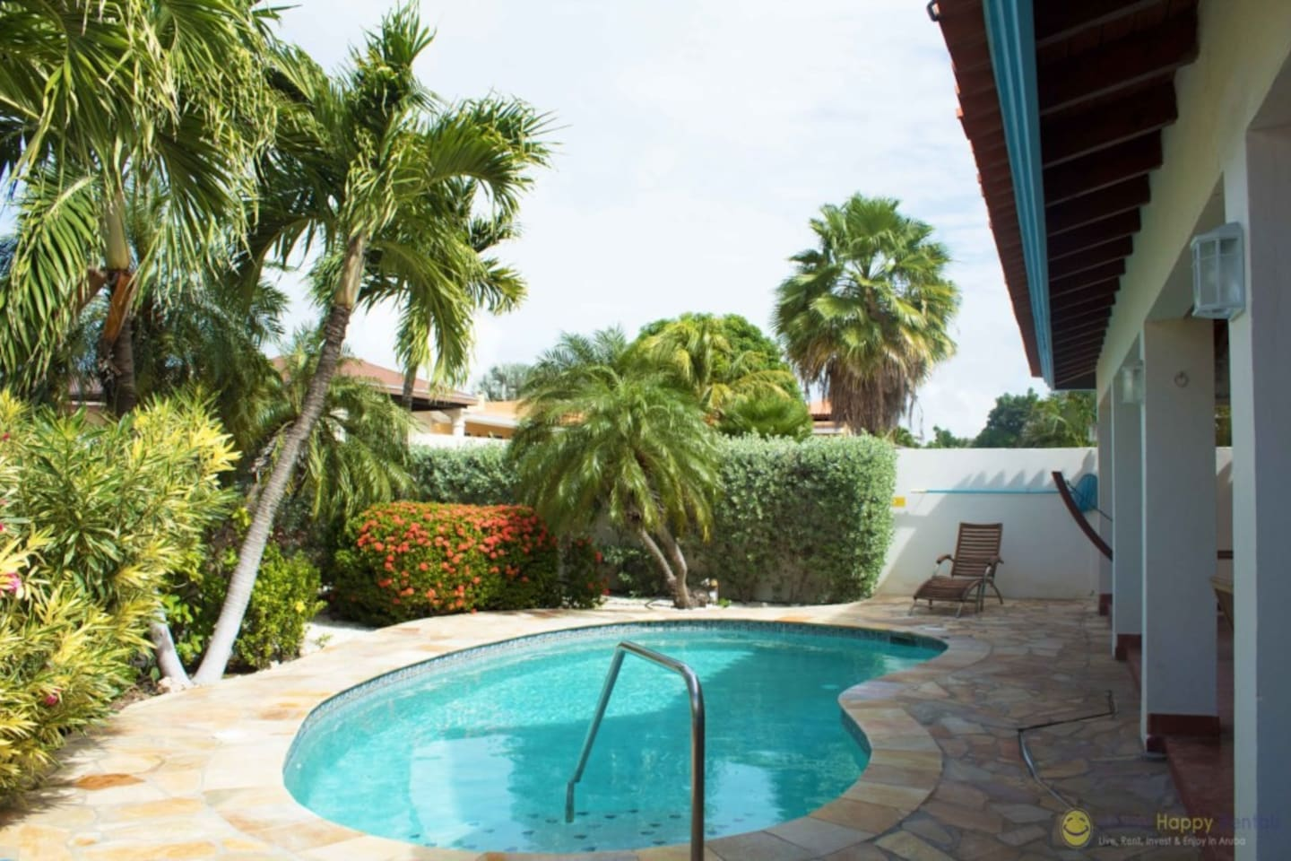 Agave Gardens, Perfect location in Palm Beach - Houses for Rent in ...
