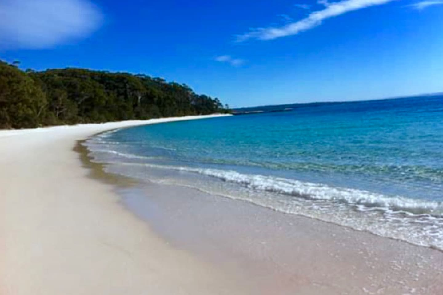 Beach in Booderee National Park - Ten minutes from the driftwood shack