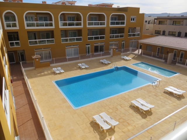 2 Bed Apartment 100m to the lagoons - El Cotillo - 公寓