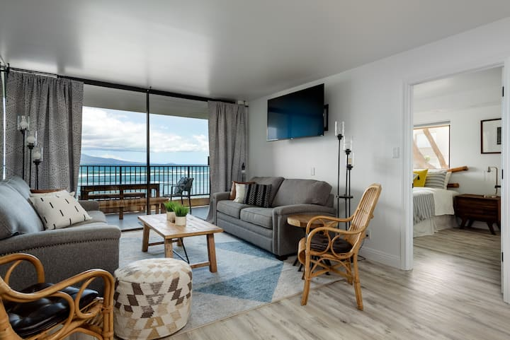 Designer Oceanfront— Fully Remodeled — Huge Views