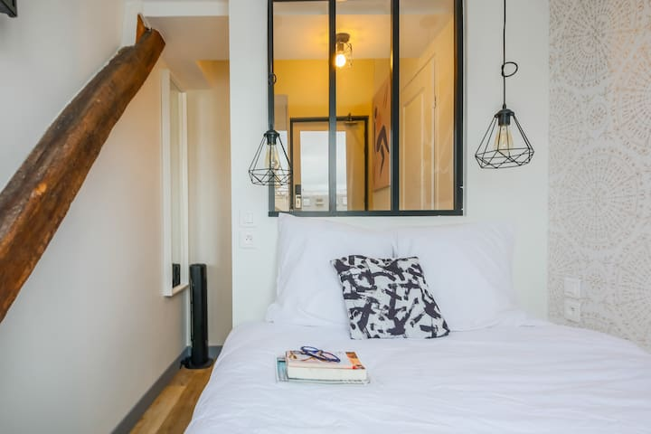 Lafayette - Saint-Lazare 61:  cosy flat for 2