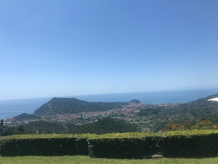 InfiniteViewHouse - hills of Sestri Levante