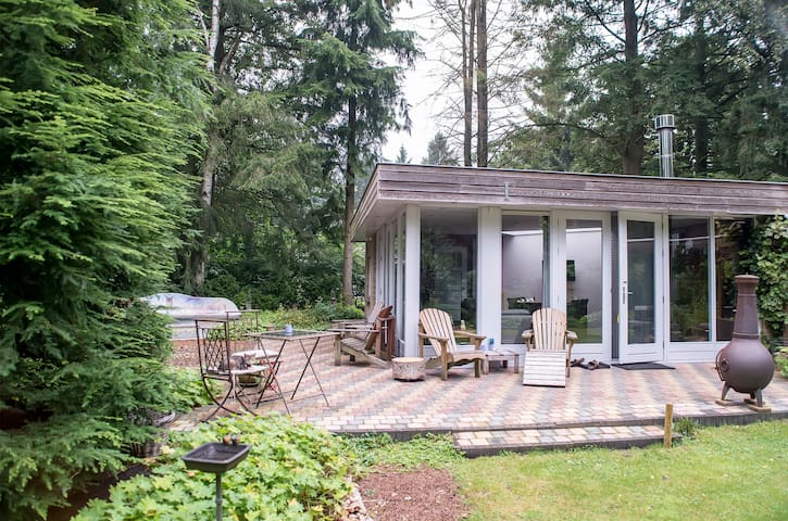 Huis in het bos, midden in het land - Epe - Бунгало