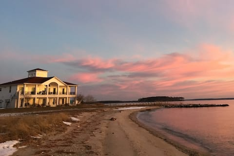 Spectacular beachfront walk-out in Piney Point MD