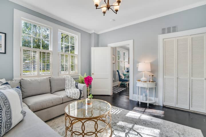 Historic Charm✦Minutes to Downtown Waterfront