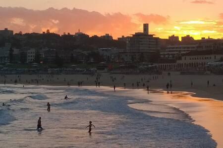 Beautiful Bondi Beach Pad - Bondi Beach