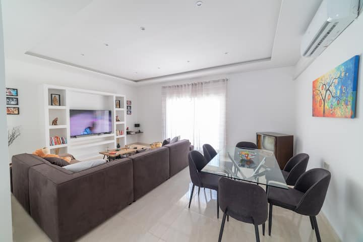 Brand New renovated Gzira apartment Bunkbed