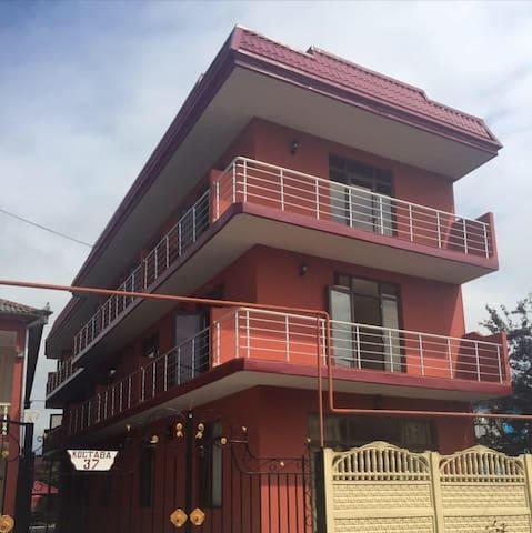 Гостевой дом  Давид - GA - Dům pro hosty