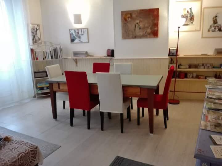 Cheval Blanc Appartement dans une maison d'hôtes