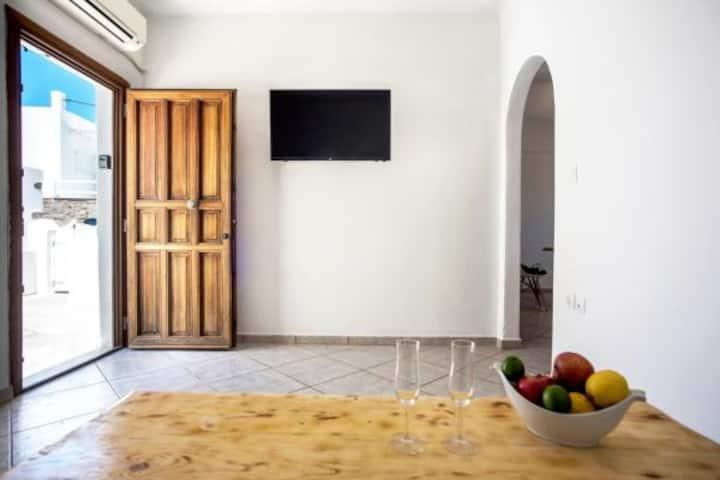 Stylish Beach Apartment  Naousa Paros