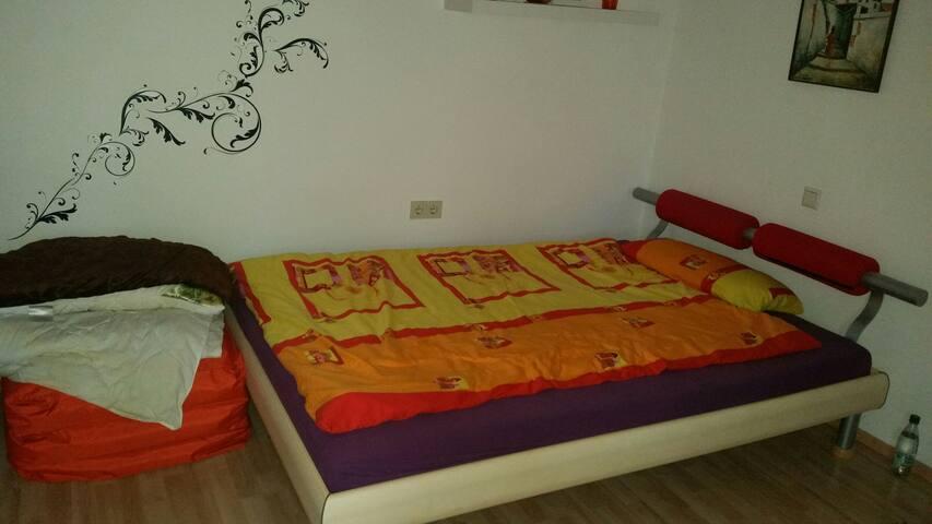 Schönes gemütliches Zimmer auch gerne mit Kinder - Prebitz - Lejlighed
