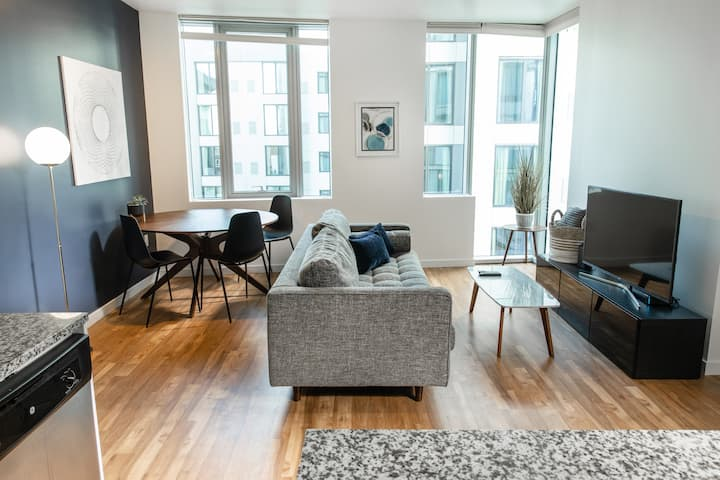 Domicile Suites at Soma Towers - 1BD 2