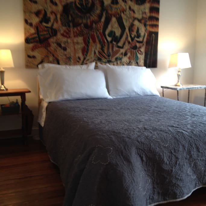 guest room (2nd floor)