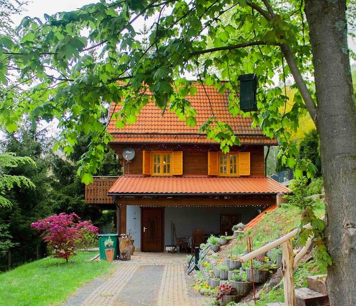 ▶ Ferienhaus für 4 Pers. | Kamin | Sauna | Balkon