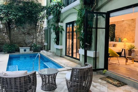 Spectacular loft in the center with pool DI7