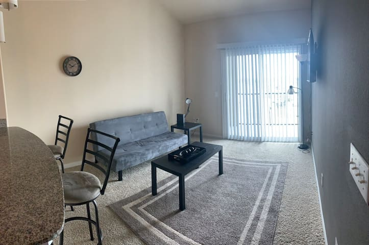 Entire 1 bedroom near the Domain, great location
