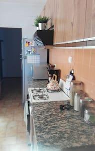 Departamento con garage - Sáenz Peña - Apartment - 2