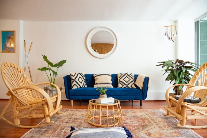 BOHO 4BR in the most beautiful street in CONDESA