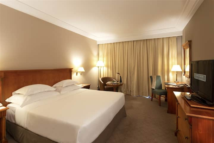 Comfortable Suite Executive At Tunis