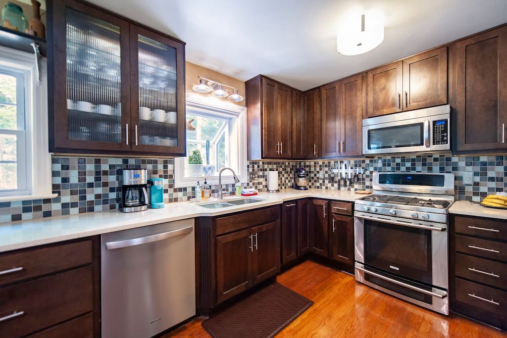 Large Gourmet Kitchen. This kitchen has everything you need