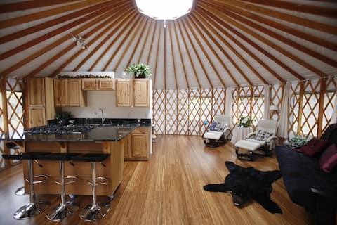 Starlight Meadow Yurt