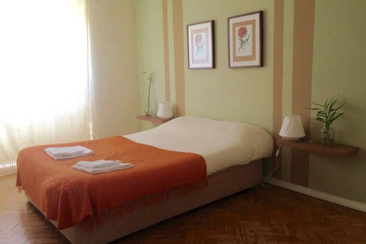 Comfortable room near the airport