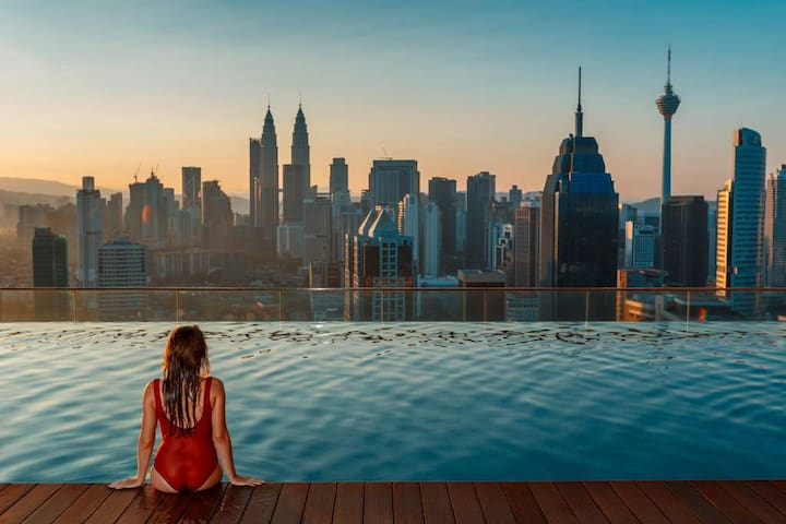 Free access to rooftop infinity pool with magnificent sunset view of kuala lumpur. Truly one of the best places to view KL city center and it's iconic buildings at night and during the day