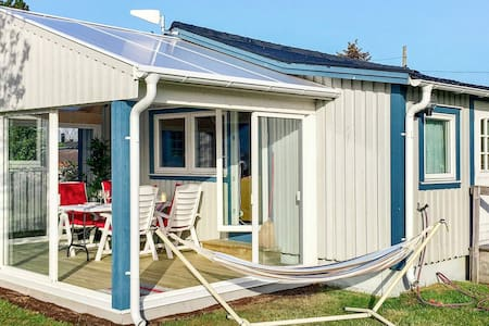 8 person holiday home in Tvååker