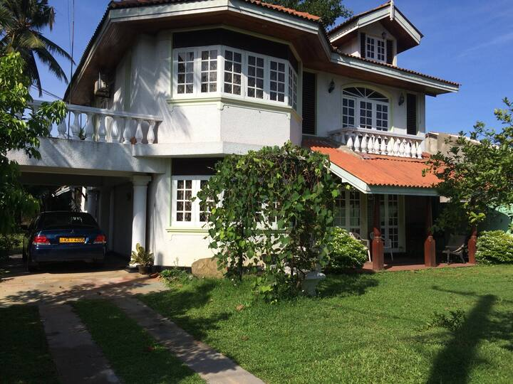 Rooms for Rent with good surrounding