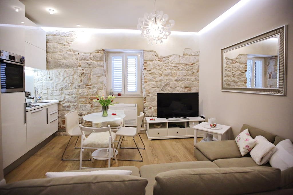 Luxury 2 Bedroom Apartment Diocletian Palace Apartments