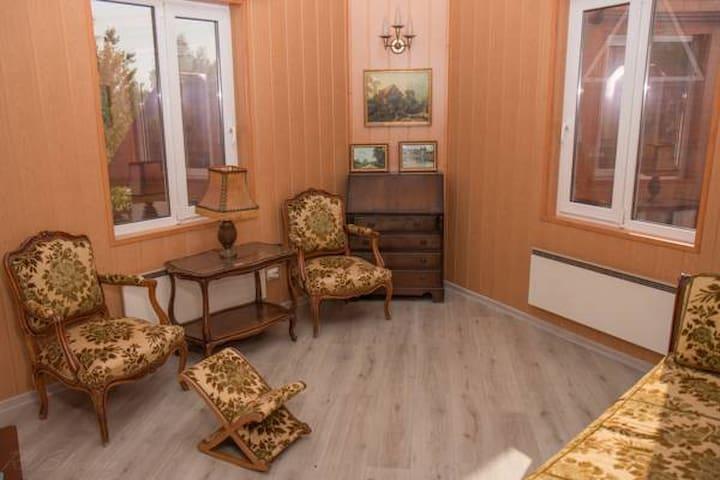 Двухкомнатный номер Juliette - gorod Sankt-Peterburg - Bed & Breakfast